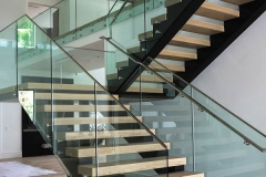 Custom floating steps on metal structure